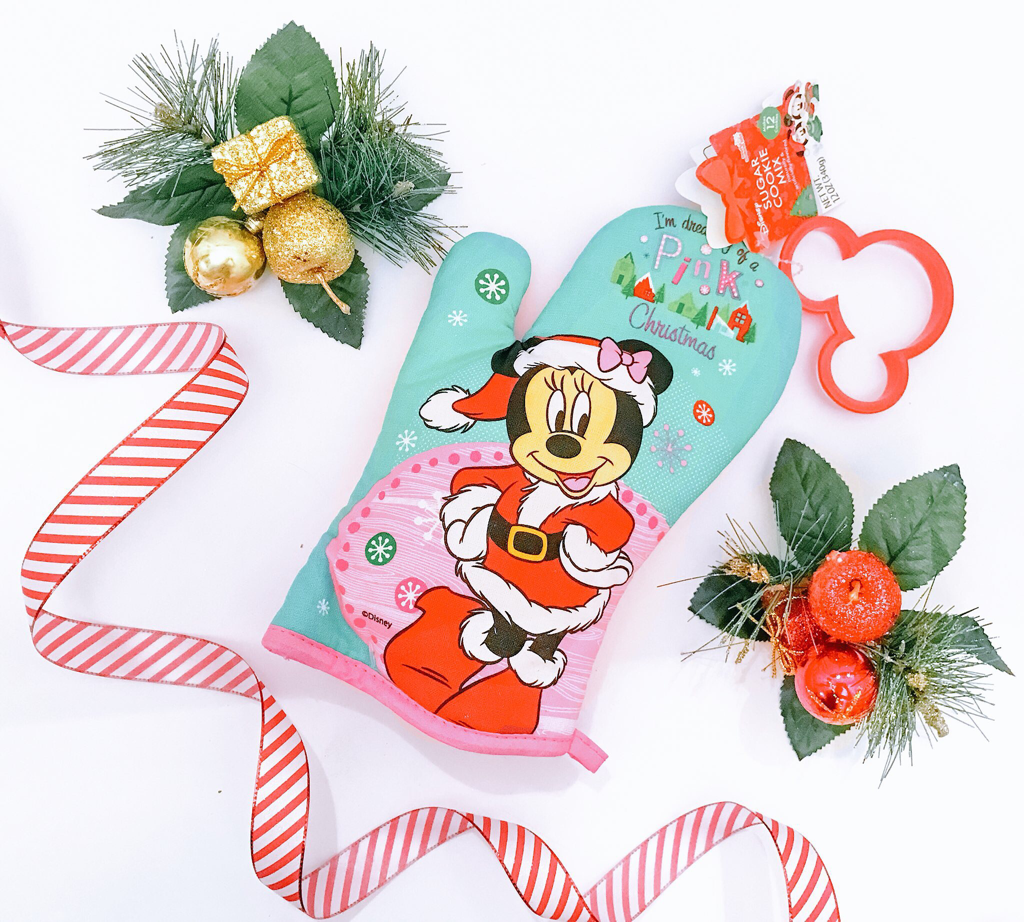 Aldi Teacher Disney Christmas Gift Idea - The Trophy WifeStyle