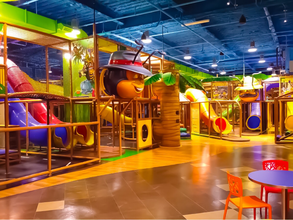 9 Reasons Your Family Needs A Buffalo Walden Galleria Staycation ~WNY