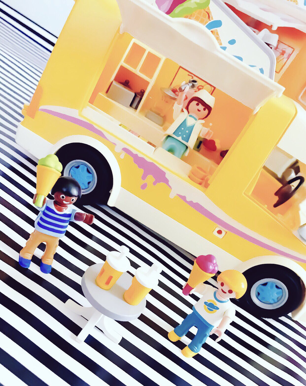 Playmobil Ice Cream Truck Review