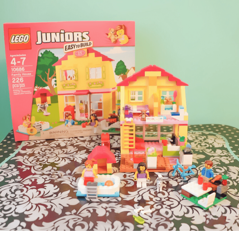 CELEBRATING EVERYDAY SMALL WINS ~ LEGO JUNIORS EASY TO BUILD #CreateBuildLEGOJUNIORS​ #Sponsored